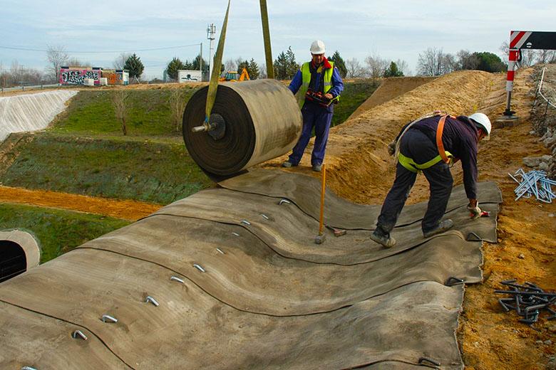 Укрепление кюветов бетоном бетон в пугачеве купить